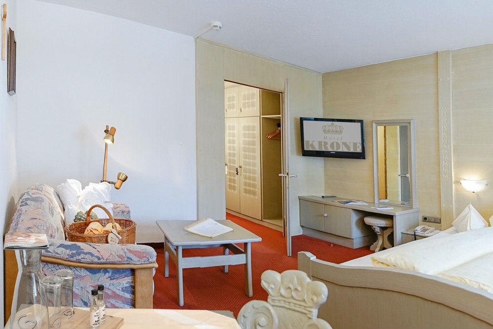 Ein Doppelzimmer 'Üntschenblick' im Hotel Krone