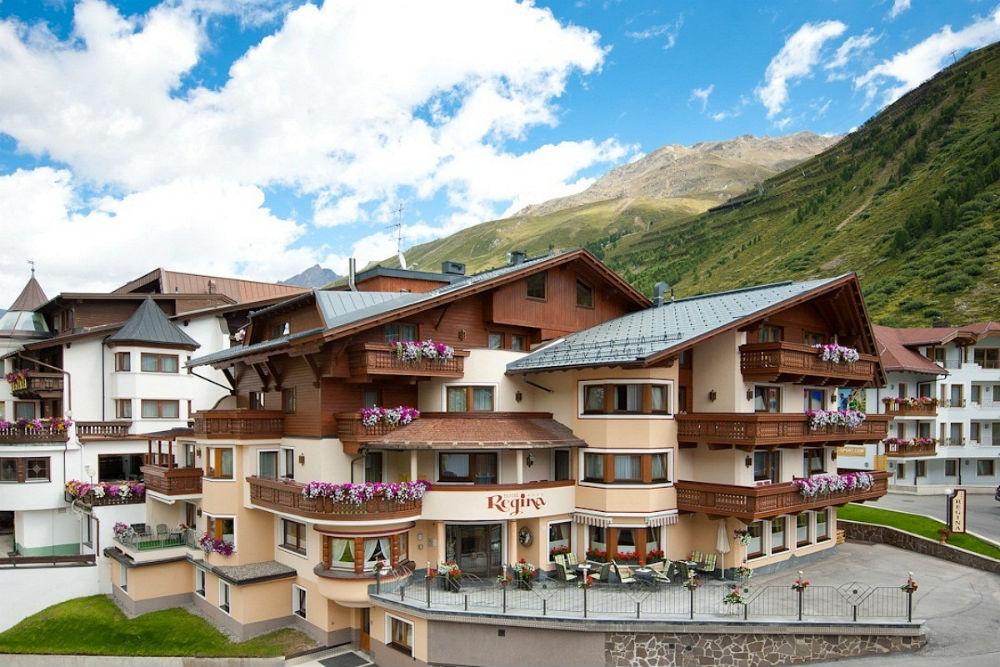 Aussenansicht vom Hotel Regina in Obergurgl-Hochgurgl im Sommer