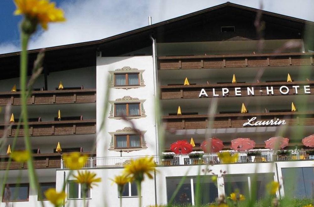 Blick auf das Alpenhotel Laurin in Obergurgl