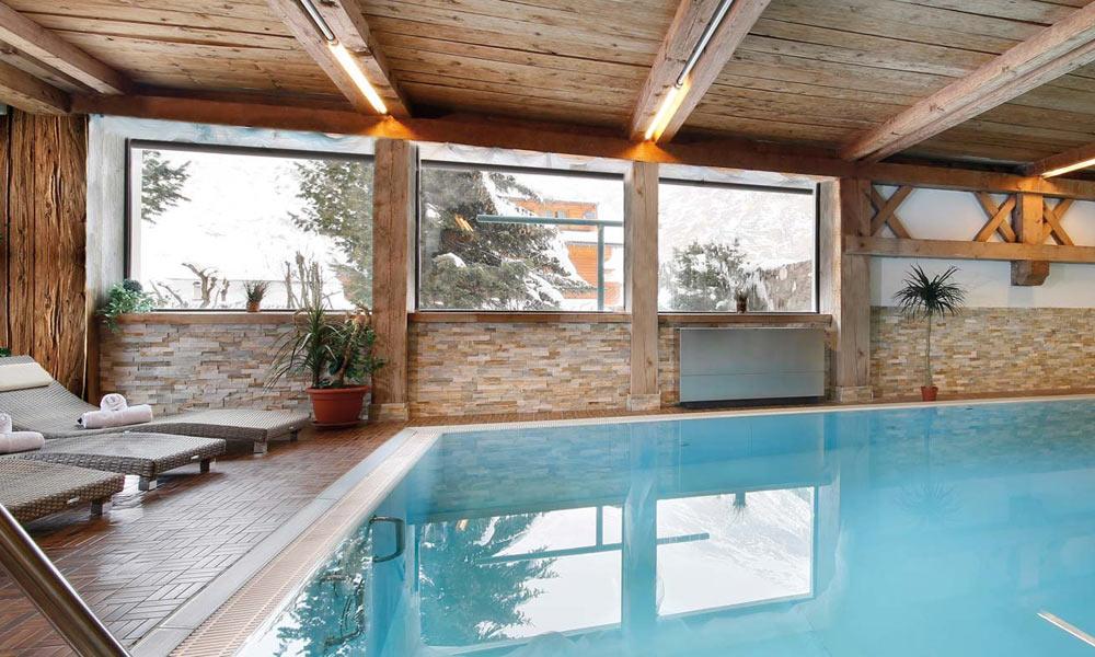 Pool im Hotel Alpenblick in Pfelders