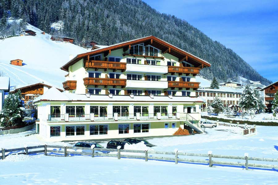 Premium activehotel bergk nig in neustift im stubaital tirol for Design hotel stubaital