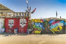Graffitis am Wagenplatz in Basel © Basel Tourismus, Daniel Bossart-Films