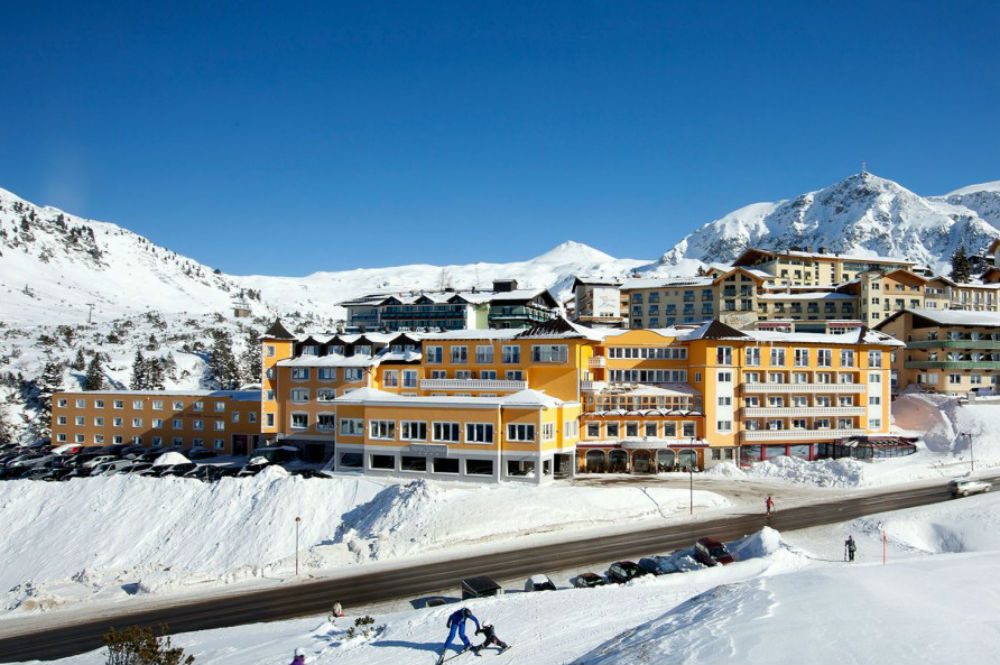 Skigebiete salzburger land skifahren mit kindern blog for Design hotel obertauern