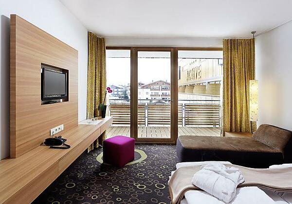 Außenansicht Hotel Winter