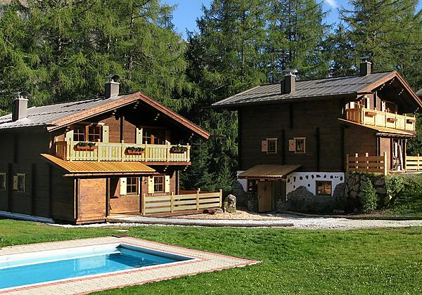 Hütte 1 - Nähe Schwimmbad