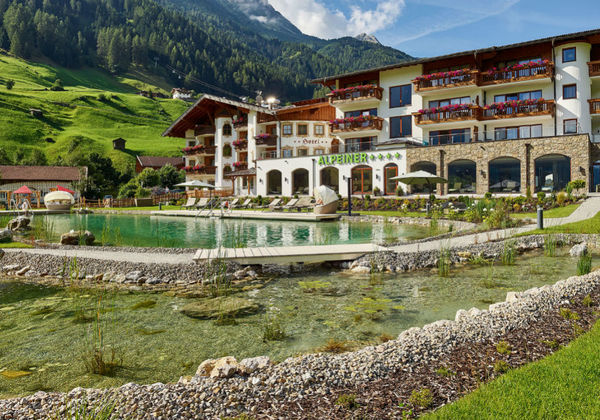 23989_Alpeiner Nature Resort Tirol_AG