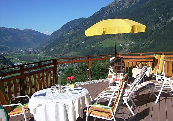 Terrasse-Hotel-Alpenblick-Bad Gastein