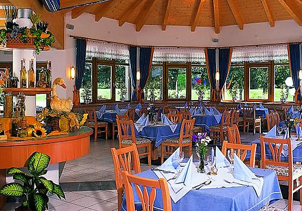 Das Restaurant im Alpenhotel Badmeister in Flattach