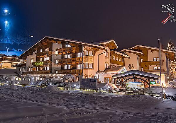 Hotel Winter night 2019