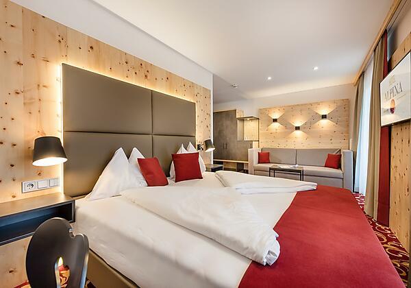 Hotel Alpina Bad Hofgastein Kaminzimmer 1