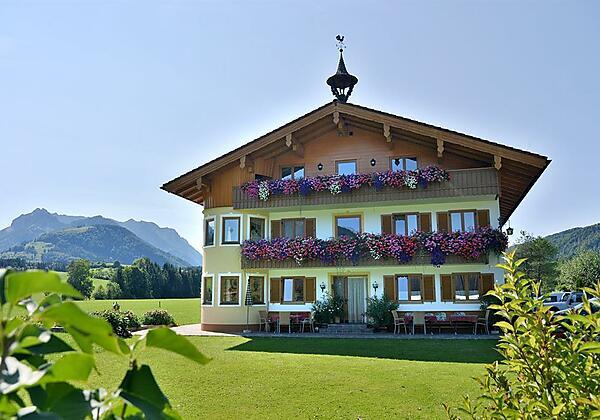 Bachangerhof im Sommer