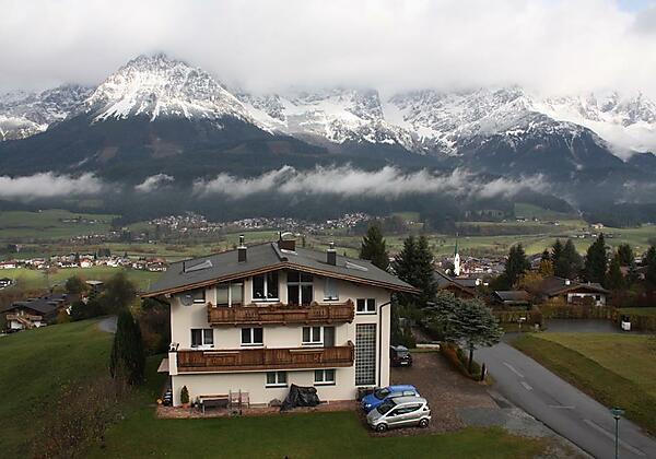 Berghof Nordseite vanaf balkon