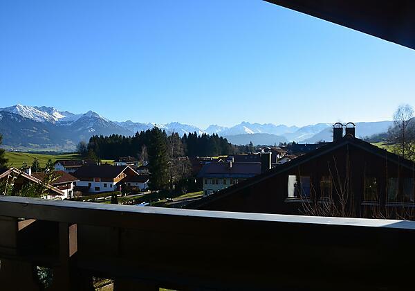 Blick vom Balkon Edelweiß