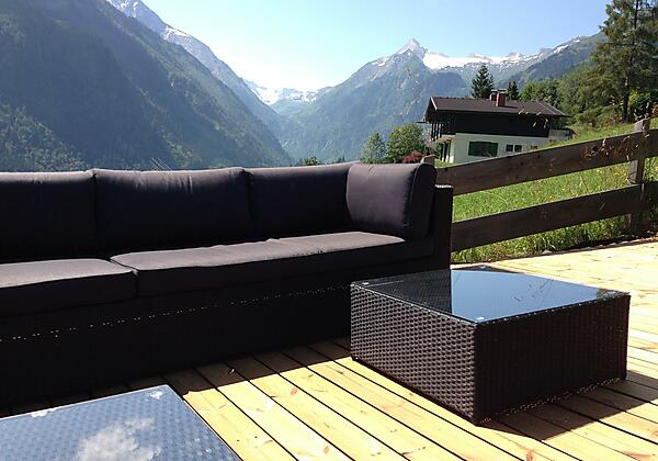 Lounge terrace Chalet an der Piste view on Kitzste