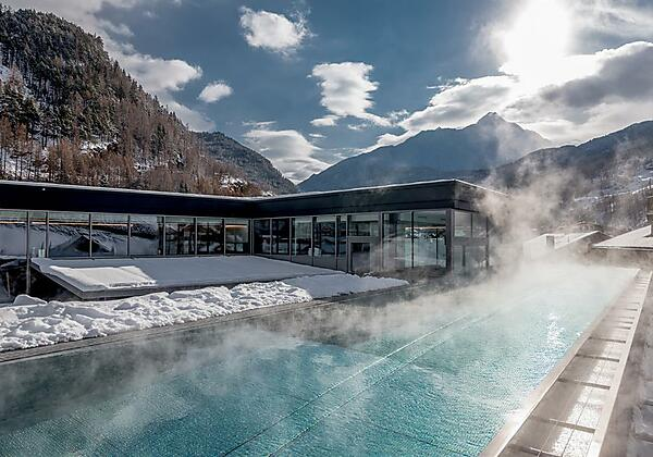 Infinity Pool Winter