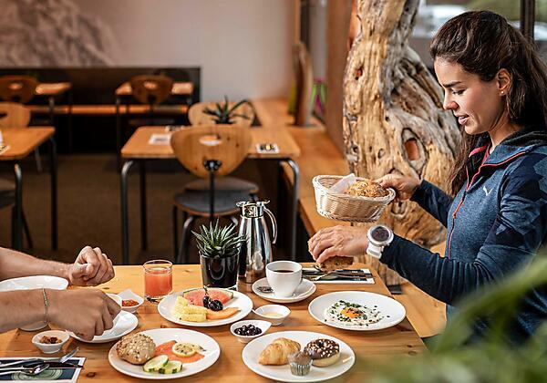 Hotel die Berge Außenansicht Winter