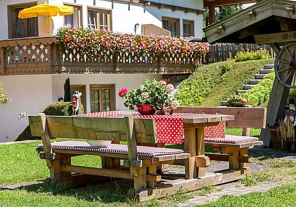 Kirchplatzl-leutasch-olympiaregion-seefeld