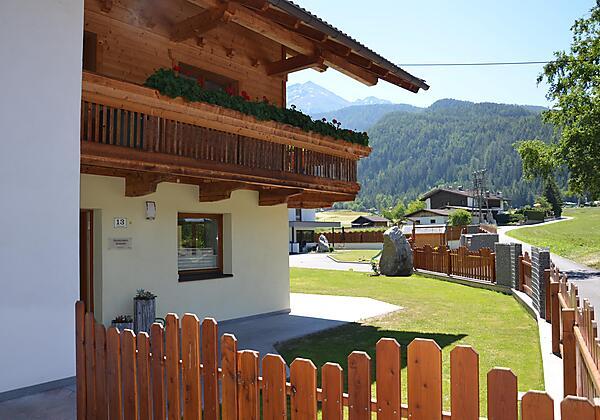 Ferienhaus Tirol im Sommer