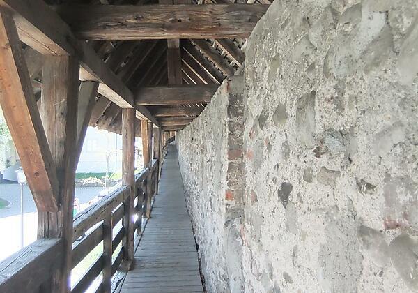 Wehrgang, untere Stadtmauer, Isny