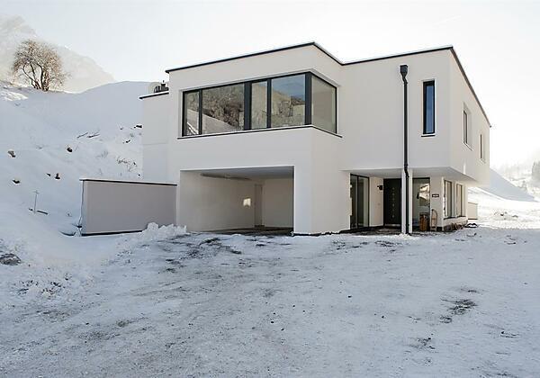 Haus Robi Winter Eingang