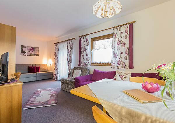 Wohnzimmer Ferienwohnung Stubai