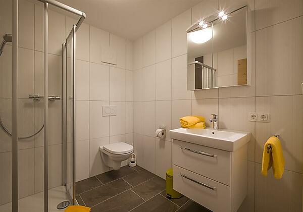 Appartement Gross Badezimmer