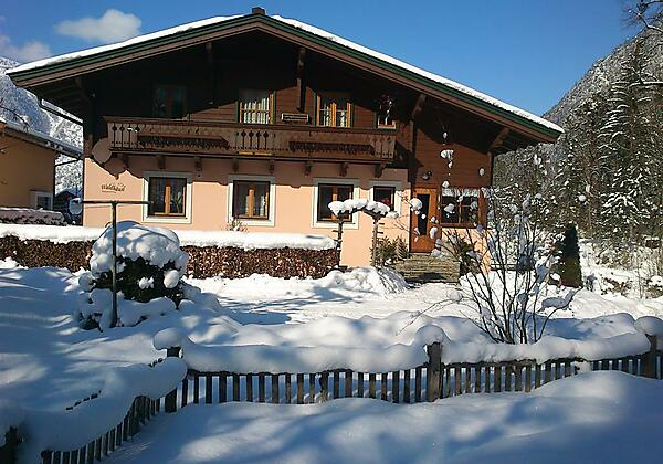 Waldhäusl 'Winter NEU