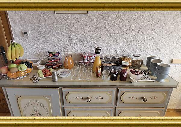 Frühstücksbuffet im Gästehaus Burger