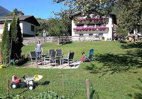 Haus-Garten Ansicht