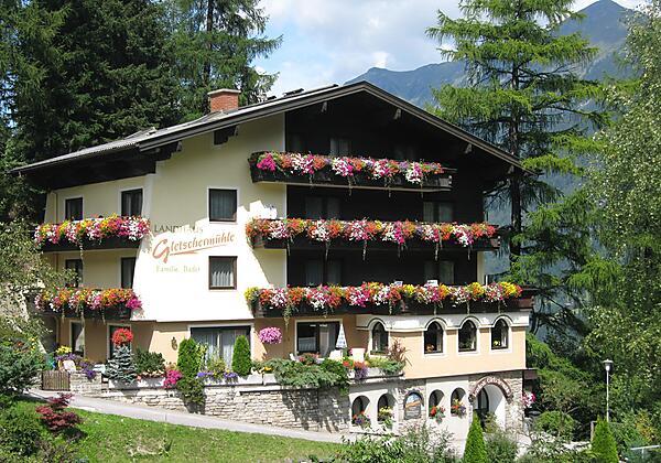 Landhaus Gletschermuehle Bad Gastein Sommer