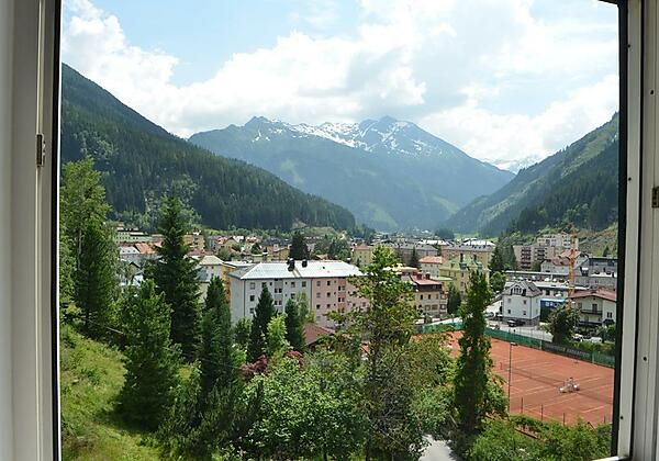 Gaestehaus-Golker-Bad-Gastein-Aussicht-Zimmer