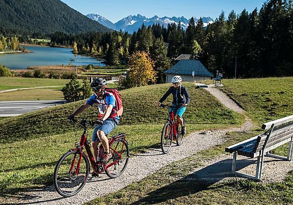 E-Biken und Radfahren in Seefeld
