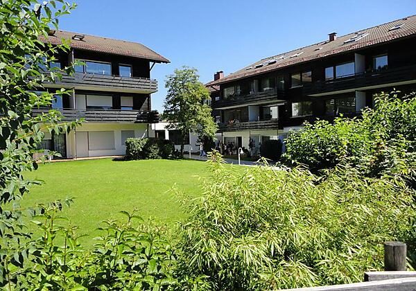 Haus Alpenland - Gepflegte Anlage mit Garten