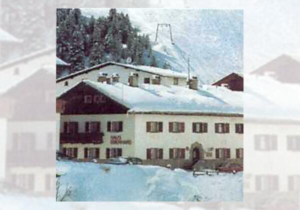 Haus Eberhard im Winter