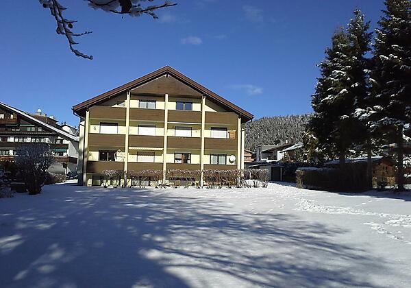 Haus Föhrenwald Top 16 Seefeld Hausansicht Winter
