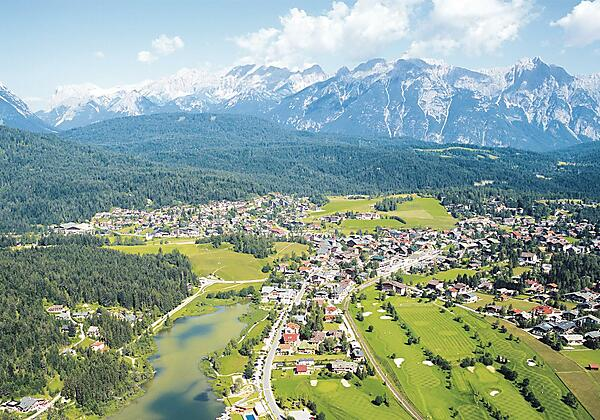 Seefeld mit Blick auf das Wettersteingebirge