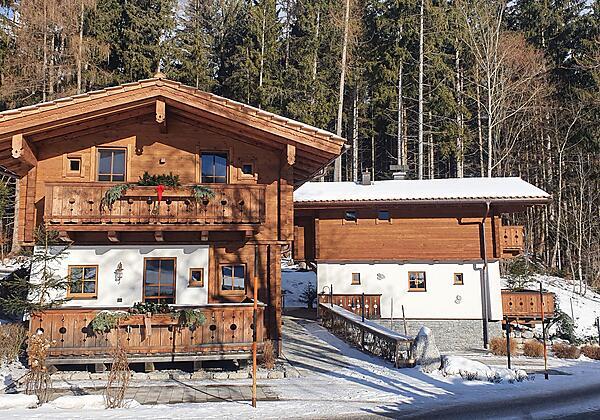 Haus Herbst im Winter
