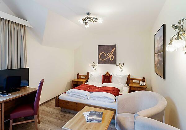 Söll_Hotel_AlpenSchlössl_Kneippen_WilderKaiser