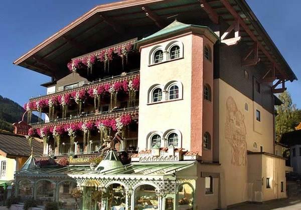 Hotel Bauer In Saalbach Hinterglemm Salzburger Land