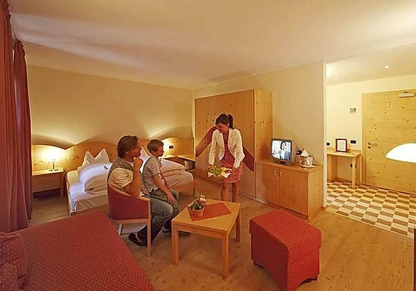 10084_Hotel Dolomiten_SH