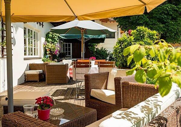 Hotel_Gasthof_Post_Terrasse_Kaiserwinkl