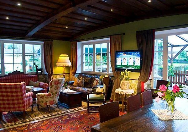 Hotel_Gasthof_Post_Bar_Koessen_02_Bar