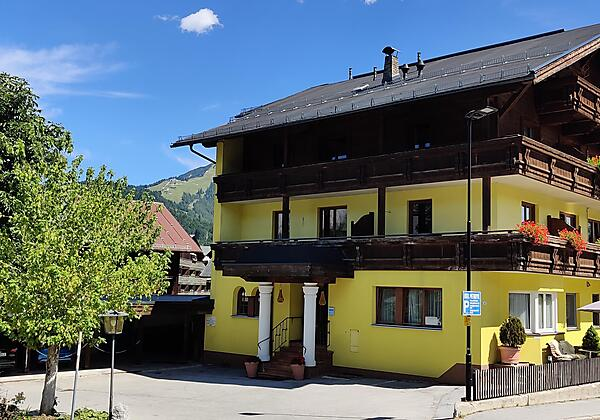 Winterbild Hotel Metropol Seefeld in Tirol