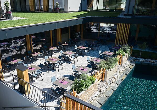 Luftaufnahme_Hotel_MorgenZeit_BedBrunch__0893