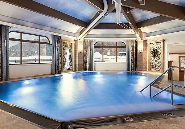 Indoor-Pool_Hotel Riedl_Kössen_(c) Alex Gretter (1