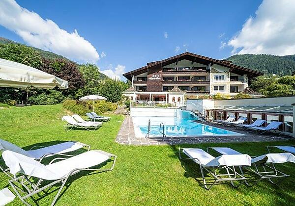 43-3379-HR_Hotel_Sonnalm_BadKleinkirchheim_by_Gert