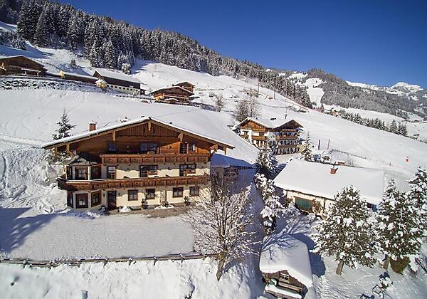 Hotel-Sonnhof-Grossarl-Haus im Winter