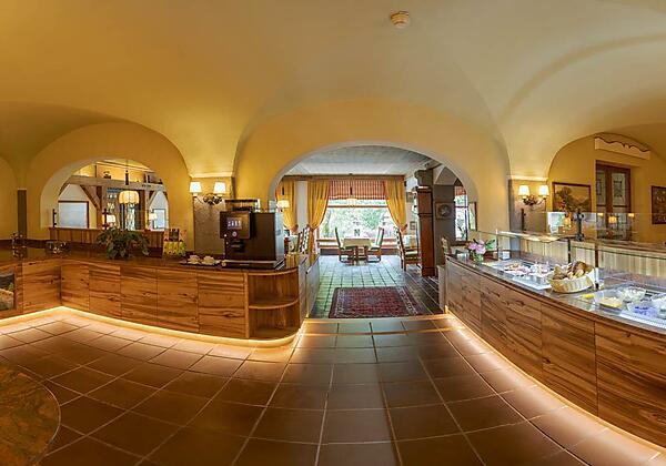 Frühstücksbuffet Hotel St. Georg Zell am See