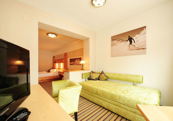 3754_Hotel Toni_SH