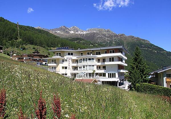 Hotelappart Peter Sommeransicht